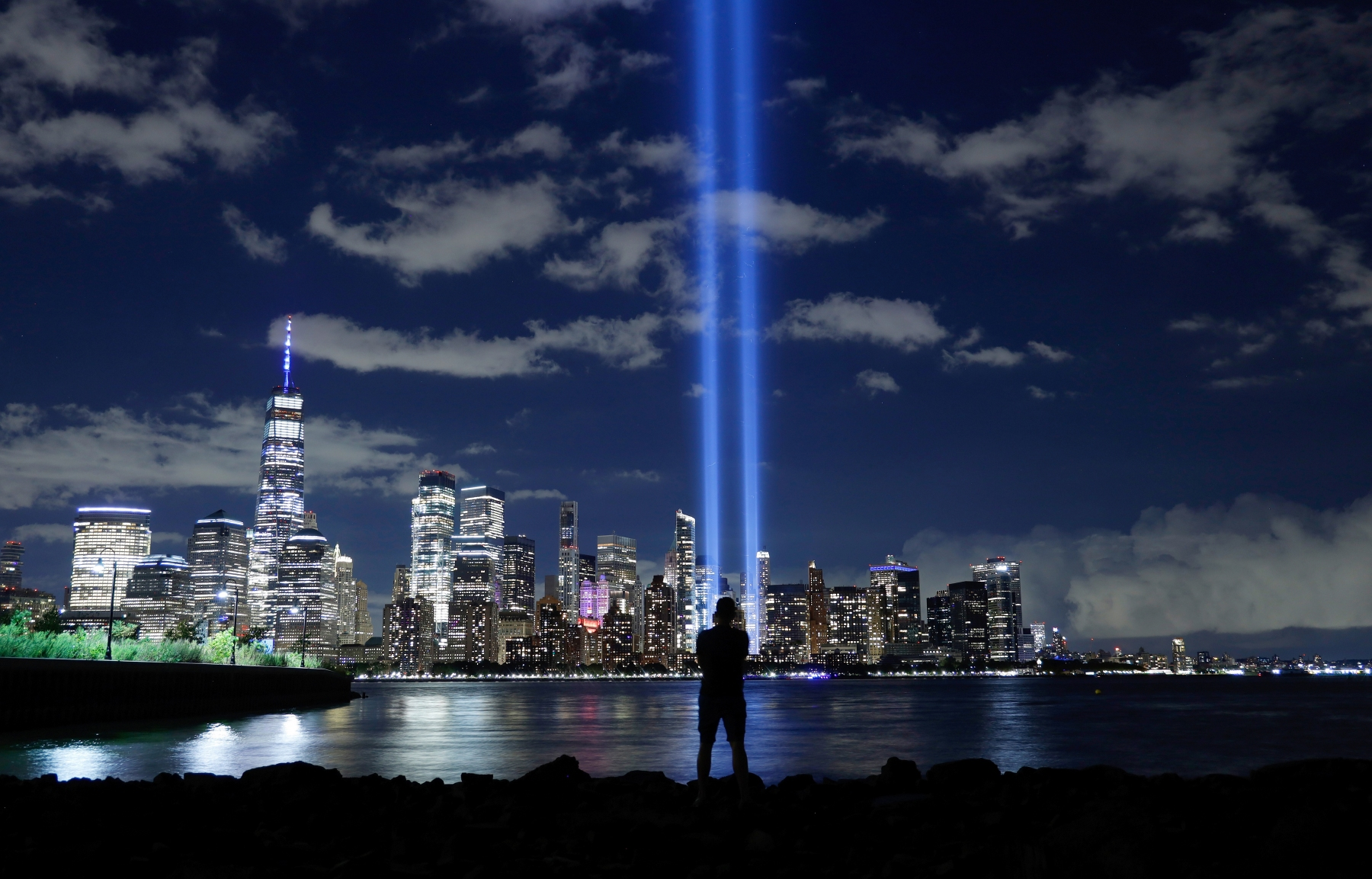 """EXHIBIT AWARD - Gary Hershorn – Independent for Getty Images – """"Remembering 9/11"""""""