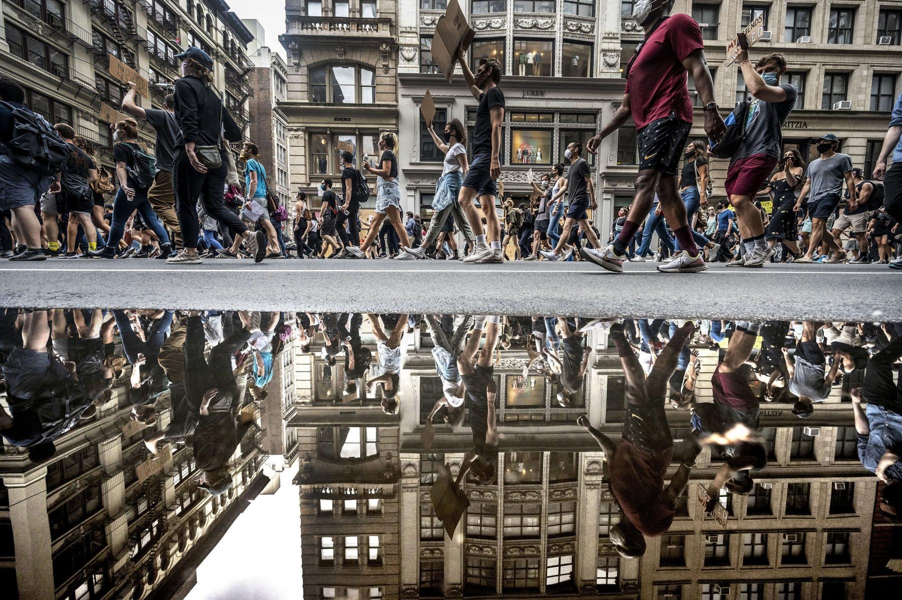"""1ST PLACE - Alejandra Villa Loarca - Newsday - """"Protest Reflection"""""""
